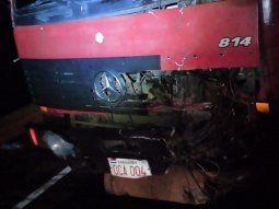 La víctima fue embestida por un camión de gran porte, de la marca Mercedes Benz, de color rojo, que estaba siendo guiado por Arnaldo Ariel Ramos Rambado, de 25 años.