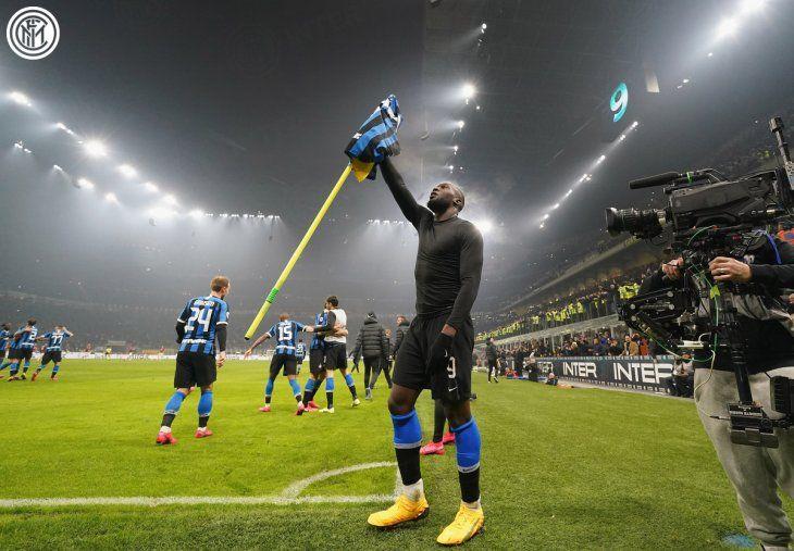 Lukaku celebra un gol del Inter.